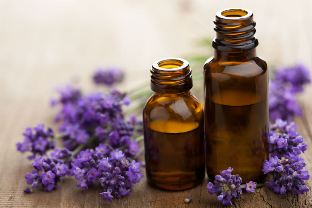Best Essential Oils for Relaxing the Mind
